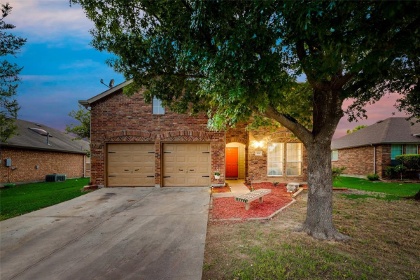 104 Galloping Trail, Forney