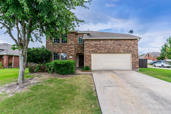 101 Hackberry Trail, Forney