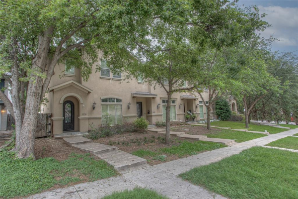 5030 Pershing Avenue, Fort Worth