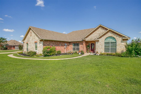 12049 Helms Trail, Forney