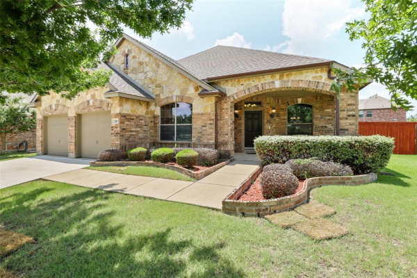 209 Bugle Call Road, Forney