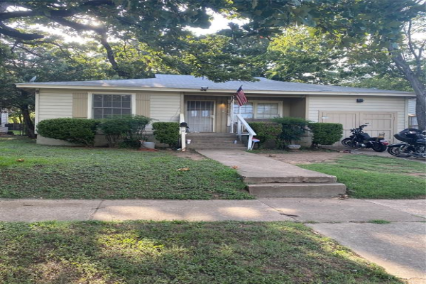 2904 Handley Drive, Fort Worth
