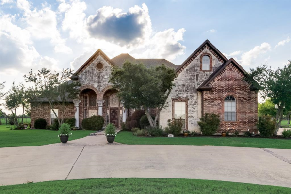 12973 Fm Road 740, Forney