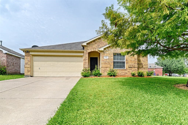 1129 Cumberland Drive, Forney