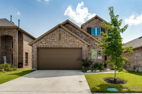 2718 Pease Drive, Forney
