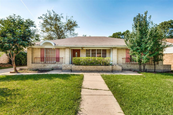 3728 Finley Road, Irving