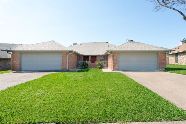 3716 Country Club Drive W, Irving