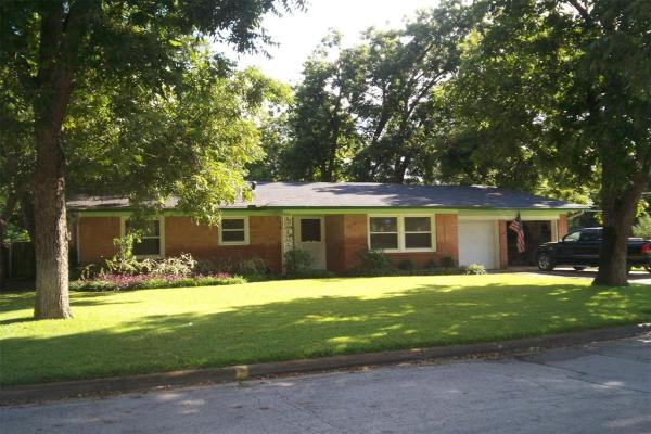 1608 Juanita Drive, Arlington