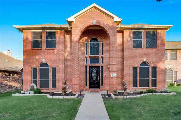 4714 Park Bend Drive, Fort Worth