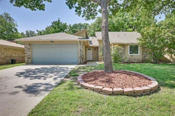 3900 Double Tree Trail, Irving