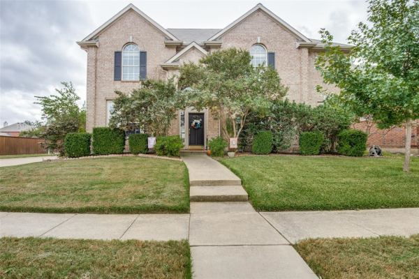 3749 Red Oak Trail, The Colony