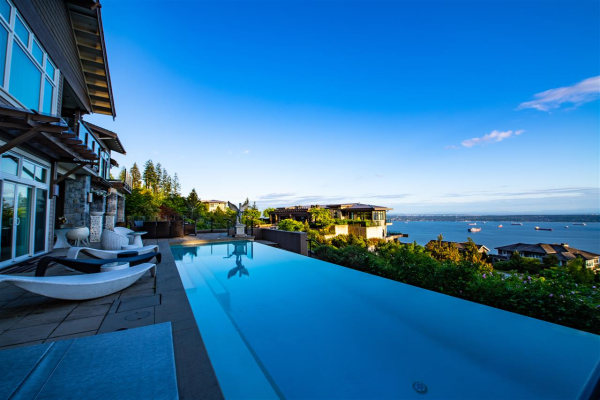 2737 HIGHGROVE PLACE, West Vancouver