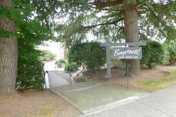 102 15010 ROPER AVENUE, White Rock