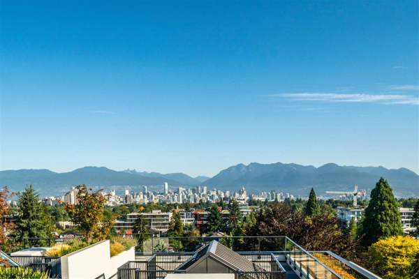 703 4427 CAMBIE STREET, Vancouver
