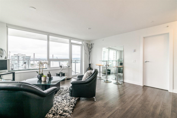 1611 908 QUAYSIDE DRIVE, New Westminster