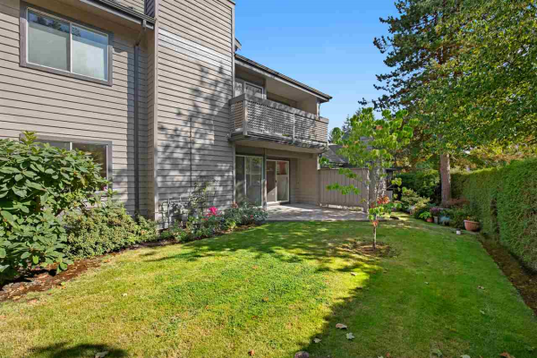 822 ROCHE POINT DRIVE, North Vancouver