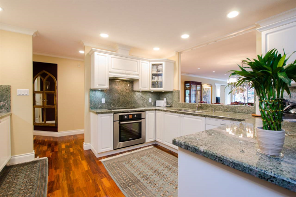 401 1500 OSTLER COURT, North Vancouver