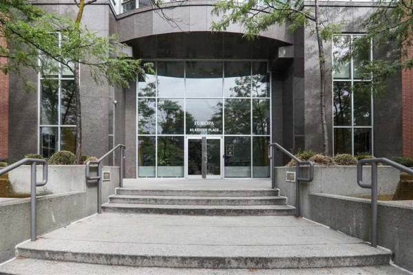 2502 63 KEEFER PLACE, Vancouver