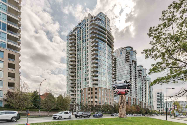 1602 120 MILROSS AVENUE, Vancouver