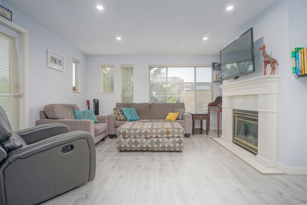 213 6475 CHESTER STREET, Vancouver