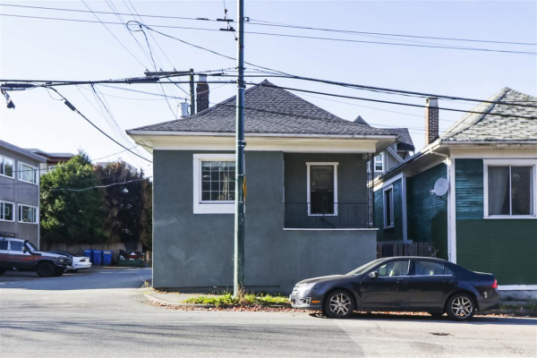 517 COMMERCIAL DRIVE, Vancouver