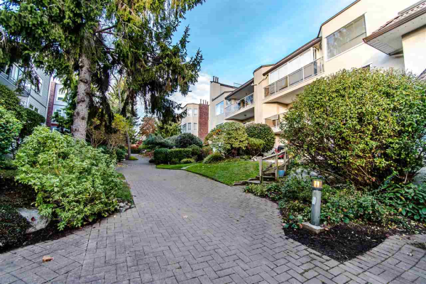 502 1225 MERKLIN STREET, White Rock