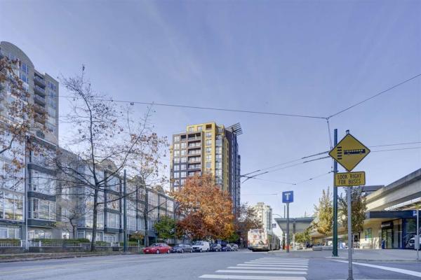 1406 3438 VANNESS AVENUE, Vancouver