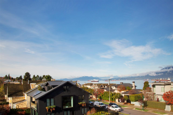 303 2890 POINT GREY ROAD, Vancouver