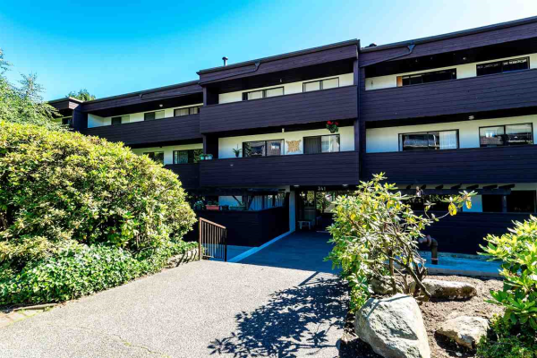 210 341 W 3RD STREET, North Vancouver