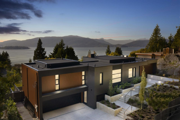 5110 KEITH ROAD, West Vancouver