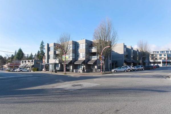 206 3151 WOODBINE DRIVE, North Vancouver