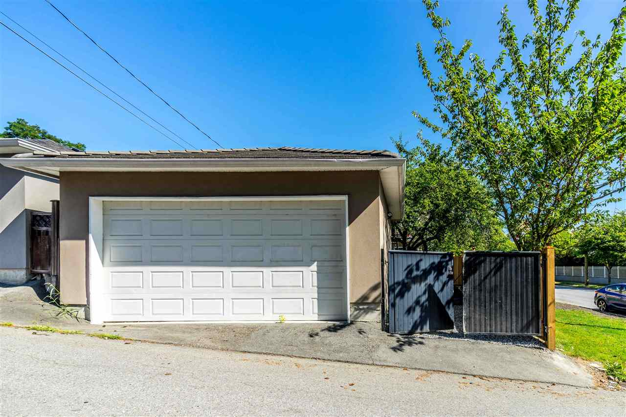 Listing R2428019 - Thumbmnail Photo # 15