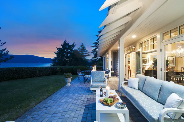 5330 SEASIDE PLACE, West Vancouver