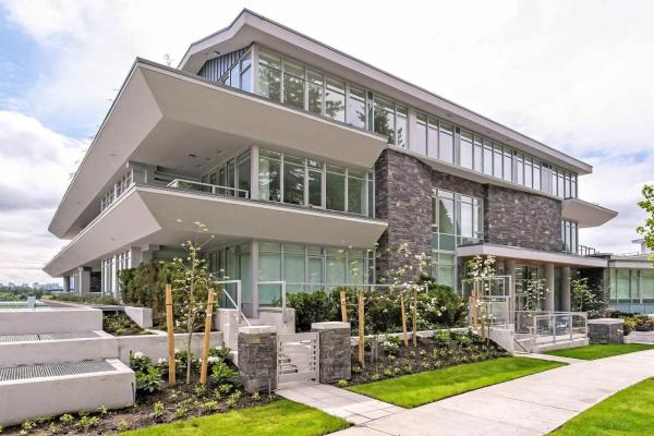 504 768 ARTHUR ERICKSON PLACE, West Vancouver