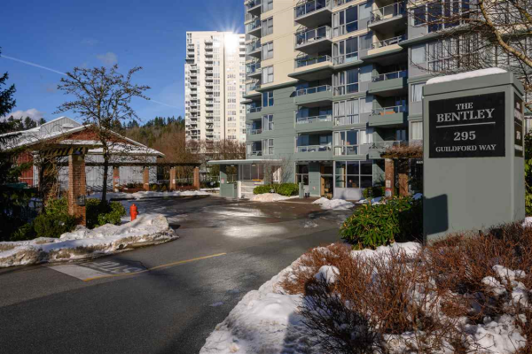 1206 295 GUILDFORD WAY, Port Moody