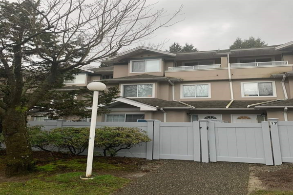 19 7128 18TH AVENUE, Burnaby
