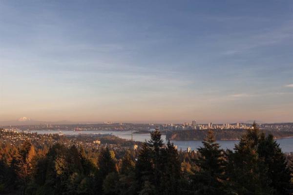 14 2206 FOLKESTONE WAY, West Vancouver