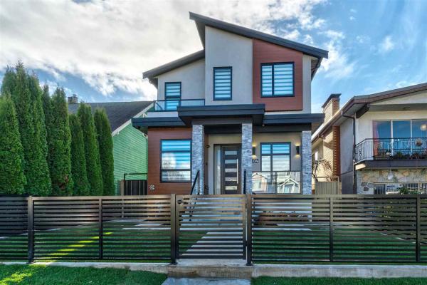 3334 E 27TH AVENUE, Vancouver