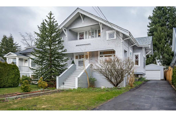 256 EIGHTH AVENUE, New Westminster