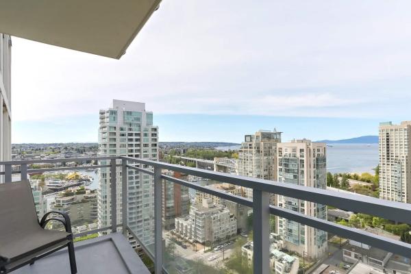 2201 1455 HOWE STREET, Vancouver