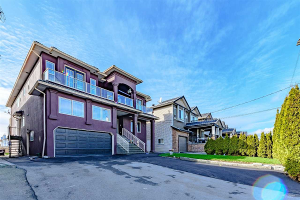 346 JOHNSTON STREET, New Westminster