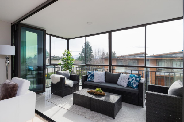 201 475 13TH STREET, West Vancouver