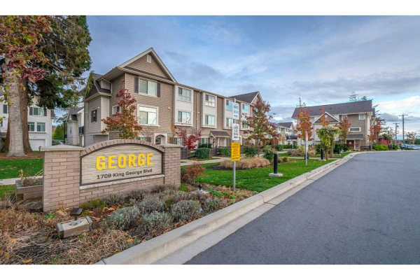 11 1708 KING GEORGE BOULEVARD, Surrey