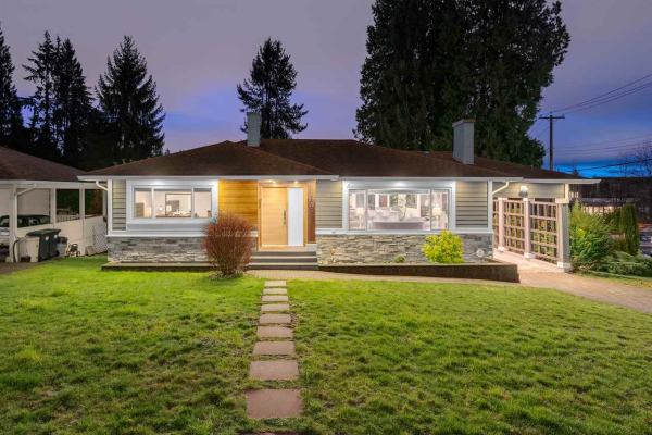 593 SILVERDALE PLACE, North Vancouver