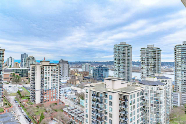 2103 850 ROYAL AVENUE, New Westminster