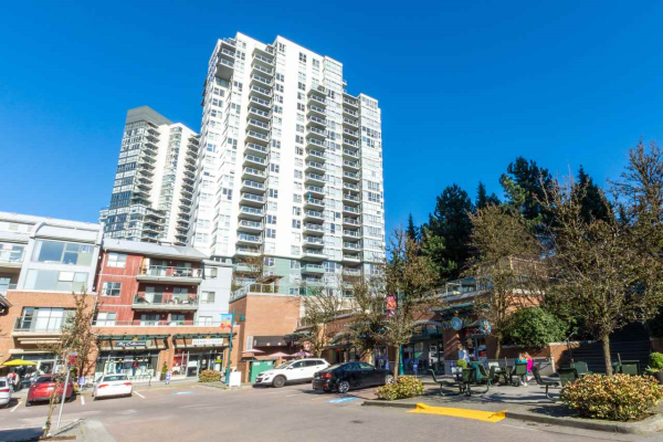 1704 295 GUILDFORD WAY, Port Moody