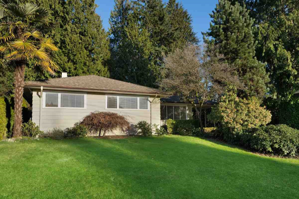 3950 TRENTON PLACE, North Vancouver