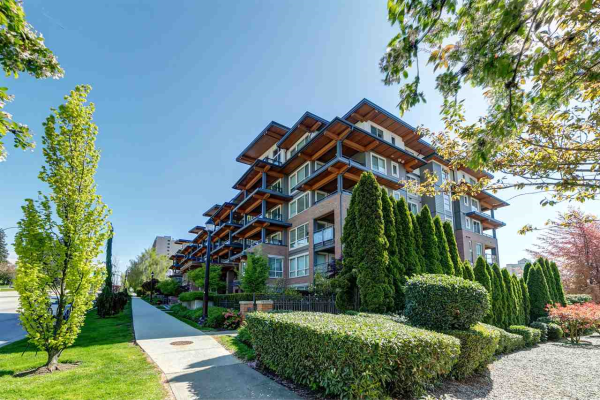 219 500 ROYAL AVENUE, New Westminster