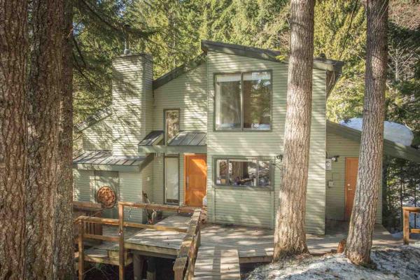 8733 IDYLWOOD PLACE, Whistler