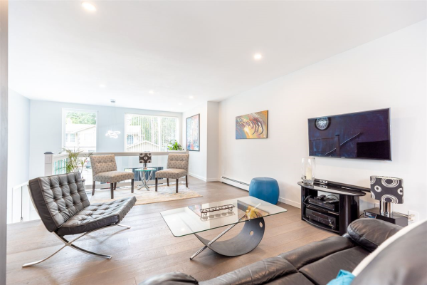3258 ST. ANNES DRIVE, North Vancouver